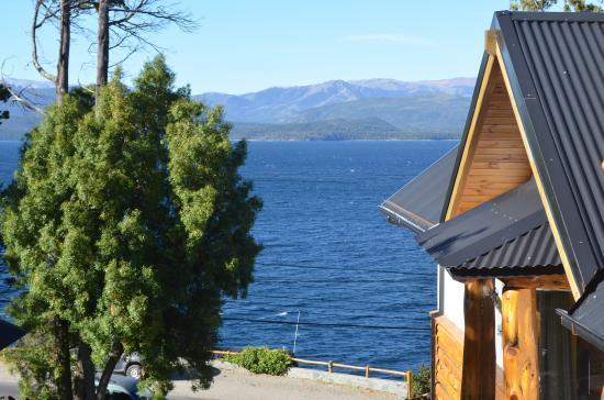 Cabanas Don Justo: Vista lago