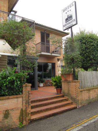 Hotel Ristorante da Graziano : vista ingresso ristorante