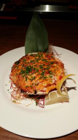 Red Lantern: Must try.Baked Scallop.Yummy!