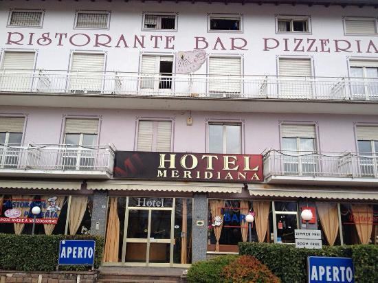 Ristorante pizzeria meridiana recensioni su albergo - Piscina di pergine ...