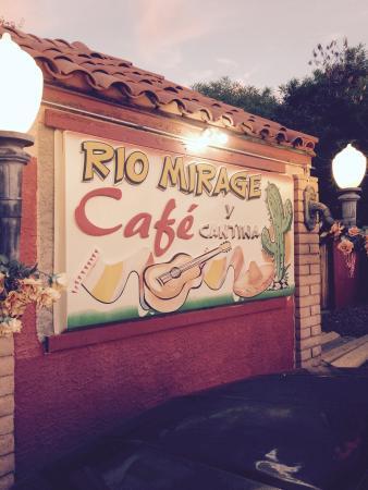 Rio Mirage Cafe : OLE'
