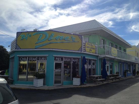 DJ's Diner and Seafood Grill: Outside view