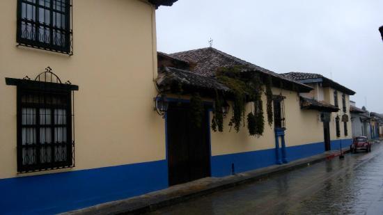 Hotel Casavieja: FACHADA DEL HOTEL