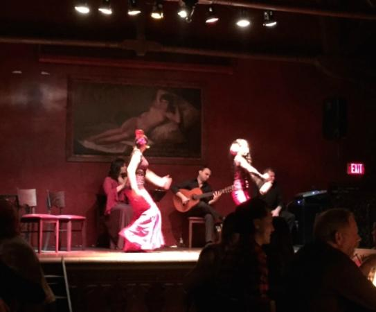 Ceviche Tapas Bar and Restaurant: Flamenco Show