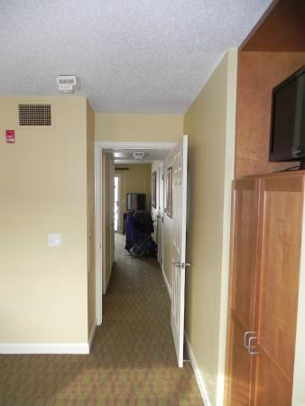 Holiday Inn Club Vacations at Lake Geneva Resort : Privacy from main living area