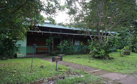 La Selva Biological Station: Front of one of the cabins