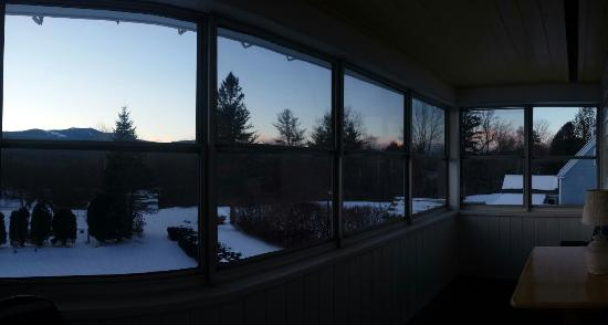 Briarcliff Motel: View from balcony (January 2015)