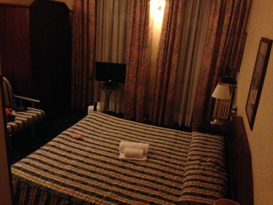Hotel Enza : Номер