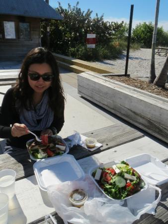 St. Pete Beach Produce & Deli: Greek beach picnic