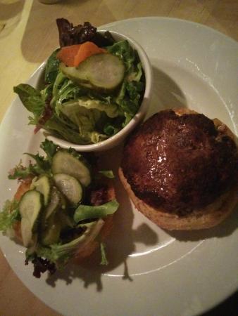10 Acres Bistro Bar: brisket burger