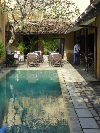 The Fort Printers: Pool in courtyard outside room