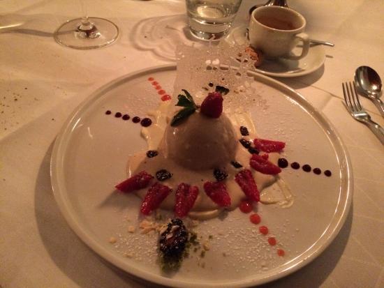 Restaurant Medici : Lovely looking and tasting dessert