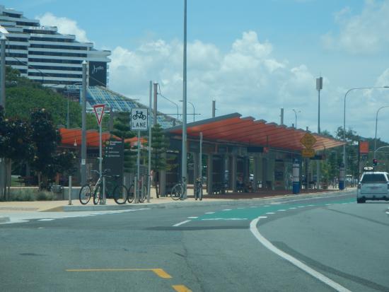 Pacific Fair Shopping Centre: Broadbeach South light rail station.