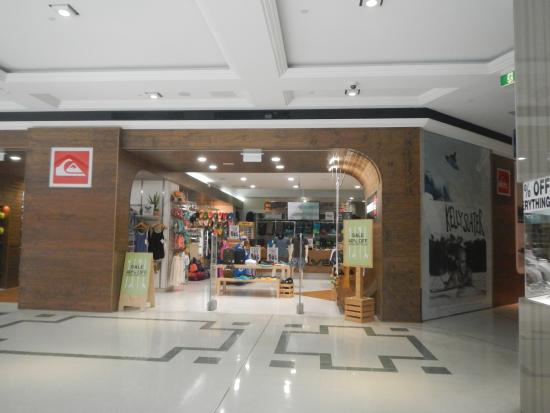 Quiksilver store  - Picture of Pacific Fair Shopping Centre