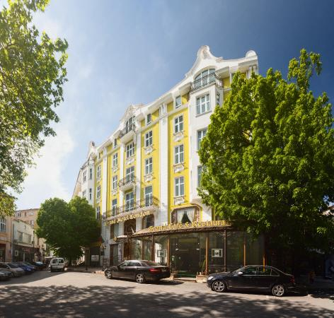 Photo of Grand Hotel London Varna