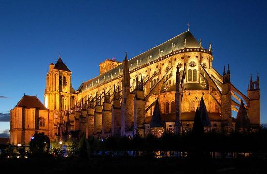 Hotel Saint Jean : La Cathédrale Saint Etienne