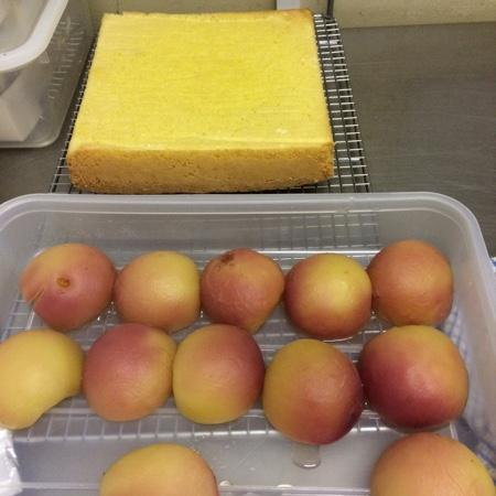 Q Food: perfect sponge, perfect poached peaches, nearly trifle!