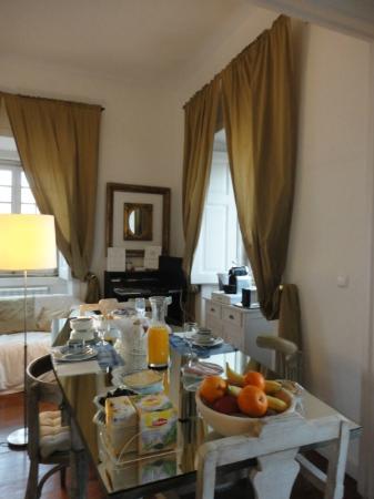 VBJ - Villa Branca Jacinta: Breakfast area