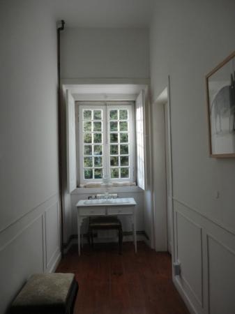 VBJ - Villa Branca Jacinta: the hallway to rooms