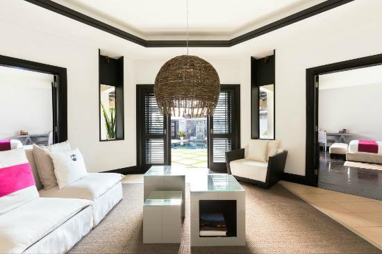 LUX* Belle Mare: LUX Prestige Villa