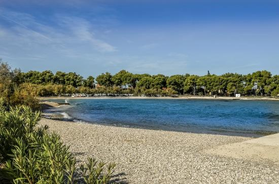 Villa Belvedere : Supetar public beach