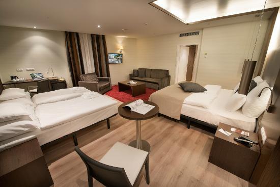 LOFT Hotel Bratislava: Family Room