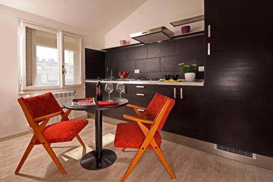 Cucina in mansarda - Picture of Radio Hotel, Rome - TripAdvisor