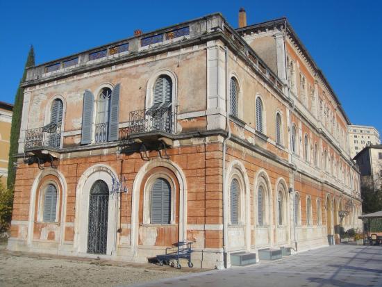 Hotel Iris : Palace