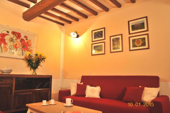 Podere Monti: living room