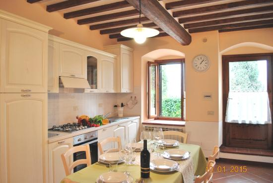 Podere Monti: kitchen