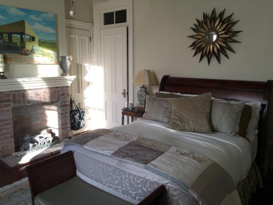 "Jedediah Hawkins Inn & Restaurant: ""Sage"" Room at Jedediah Hawkins Inn"