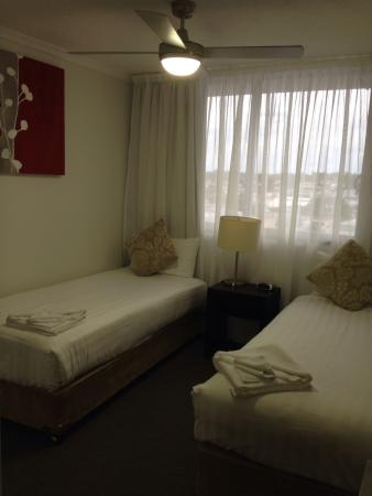 Toowoomba Central Plaza Apartment Hotel : 2 bedroom apartment - bedroom 2