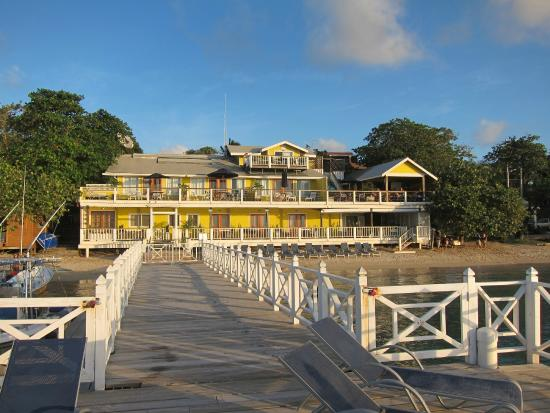 The Beach House : View of the hotel from the private dock