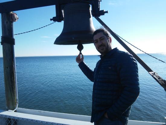 Masthead resort bell