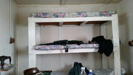 Twin Pines Resort: No one could use or get in top bunk.
