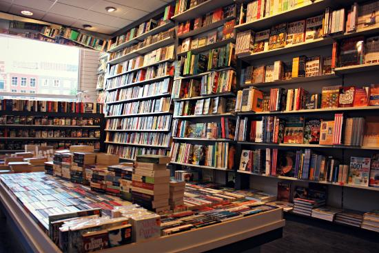 New English Bookstore