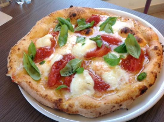 Castenaso, إيطاليا: Pizza Bufala