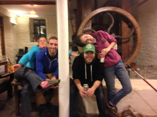 Russagh Mill Hostel: A fun night in the Den, complete with the gears from the old mill