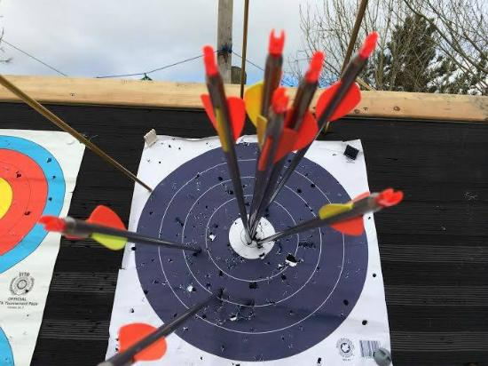 Russagh Mill Hostel: Come try your hand at archery.
