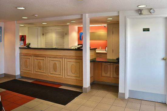 Motel 6 Billings North : Lobby