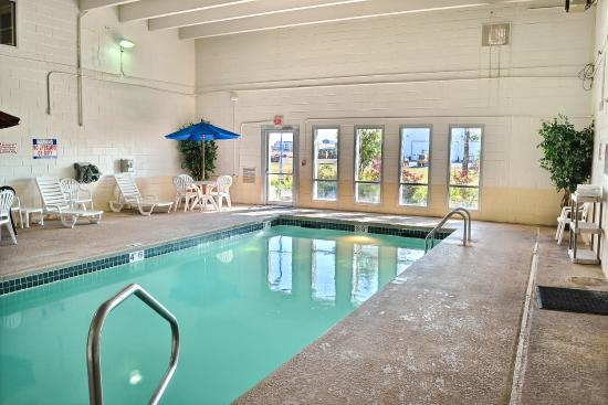 Motel 6 Billings North : Pool