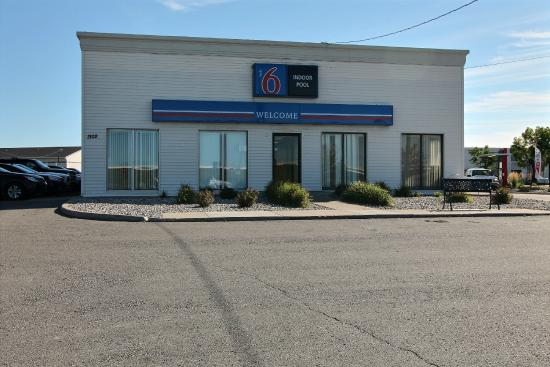 Motel 6 Fargo North