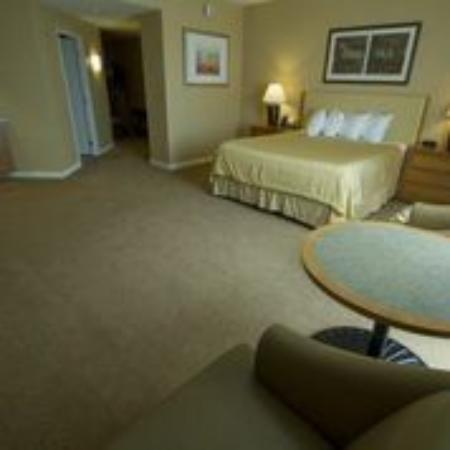 Gold Country Casino & Hotel: King Room