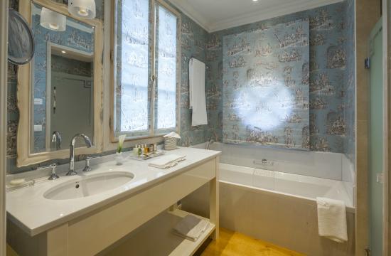Bagno camera matrimoniale con doccia e vasca   foto di relais d ...
