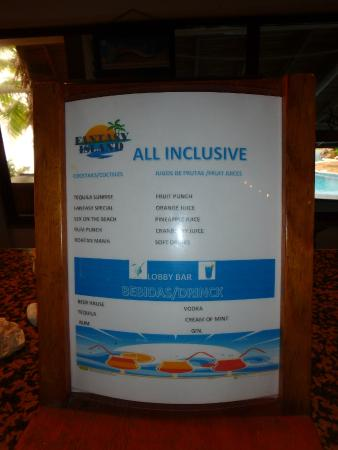 French Harbour, Honduras: Limited drink menu - selection never bothered us at all!