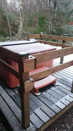Kiltarlity Lodges : Hot tub