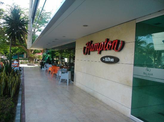 Hampton by Hilton Barranquilla: Fachada