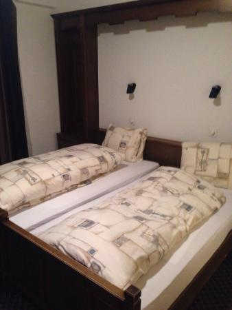 Hotel dala: Bedroom in reality