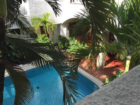 Carrillo's Hotel: Swimming pool
