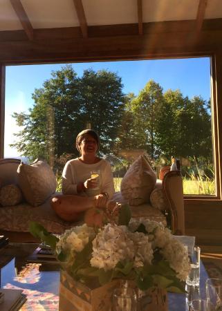 Los Caiquenes Hotel Boutique: Sundown in the sitting room